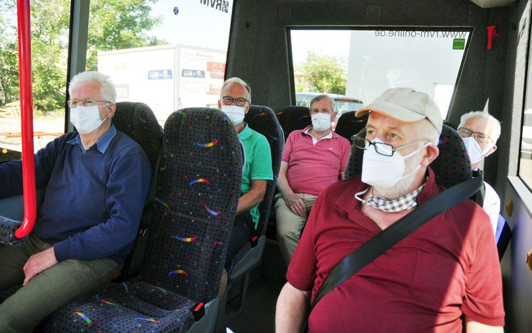 """Bürgerbus fährt wieder – """"Spuckschutz"""" ist installiert"""